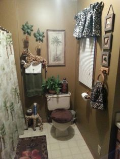 Seven paint color mistakes to avoid shorewest latest for Animal themed bathroom decor