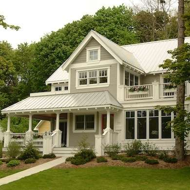 Eight exterior paint colors to help you sell your home for Exterior house colors that sell