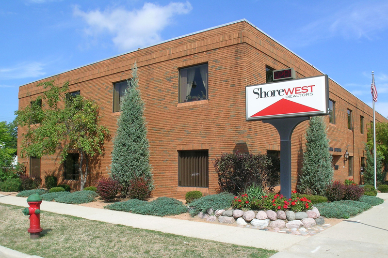 Elmbrook-Wauwatosa Office