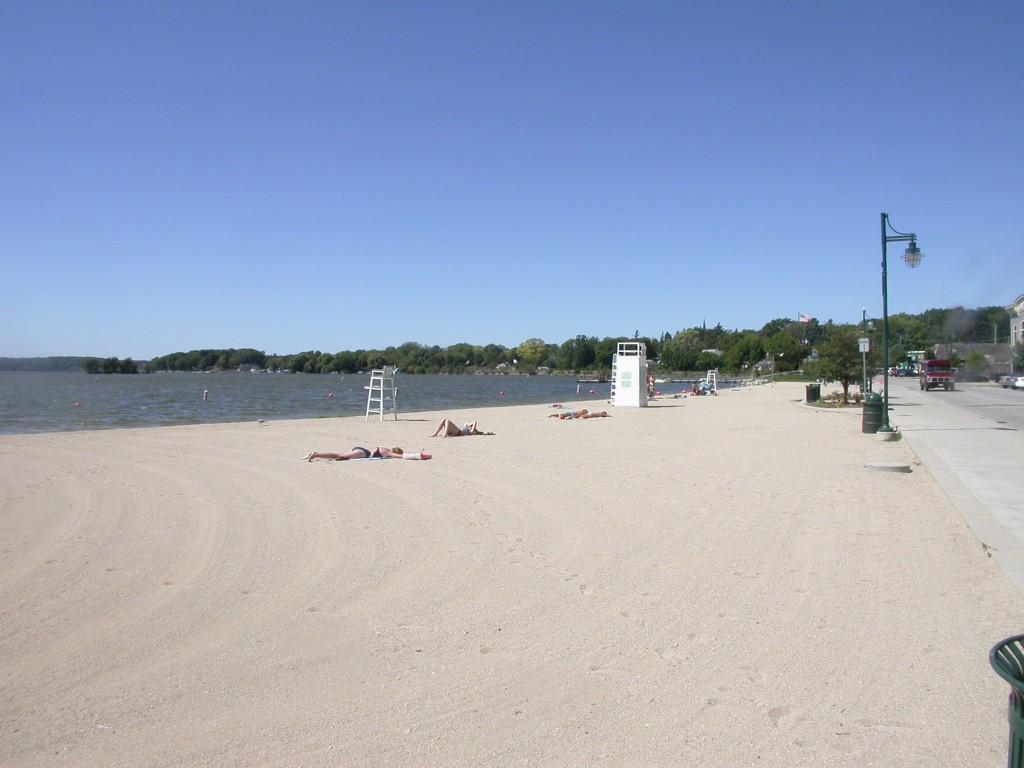 https://www.shorewest.com/real-estate/wp-content/uploads/2012/08/Pwk-wbs-1-Beach-Pewaukee-Lake-1024x768.jpg
